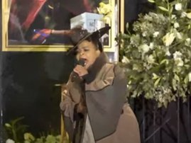 Rebecca Malope performing at Mary Twala's funeral