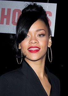 Rihanna_5,_2012.jpg