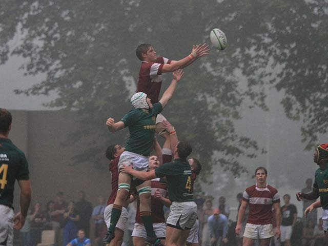 Rugby---Kearsney-v-Glenwood---Ayron-Schramm-catches-in-the-lineout.jpg