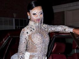 kim kardashian inspired prom outsfit