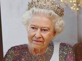 queen elizabeth and rihanna mashup