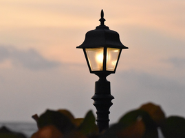 lamppost pixabay