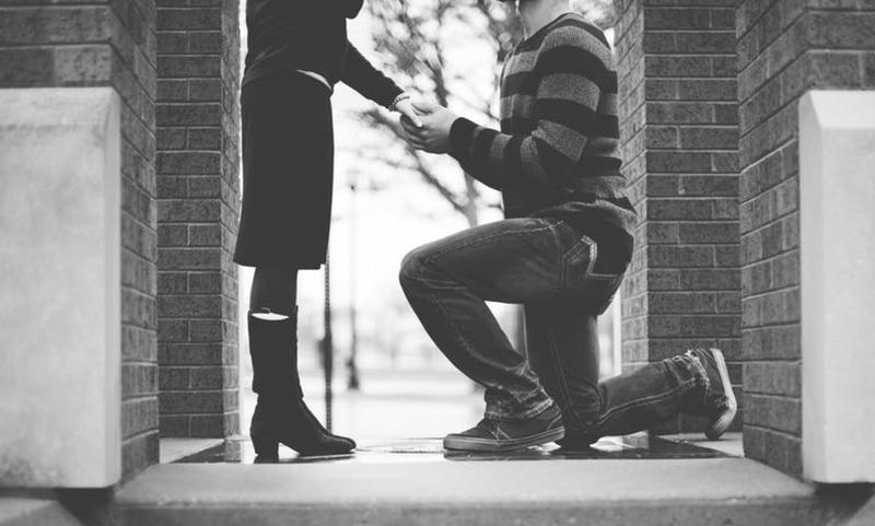 wedding proposal pexels
