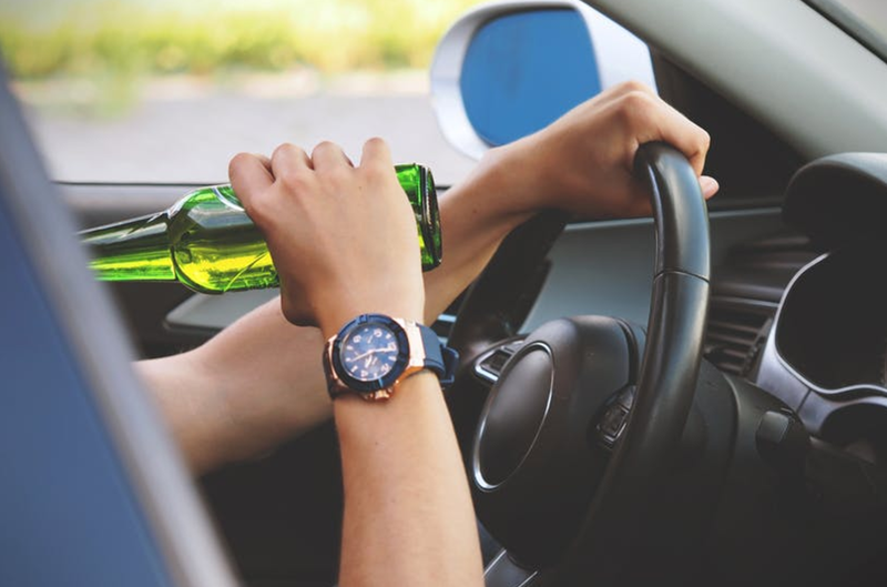 drinking and driving pexels