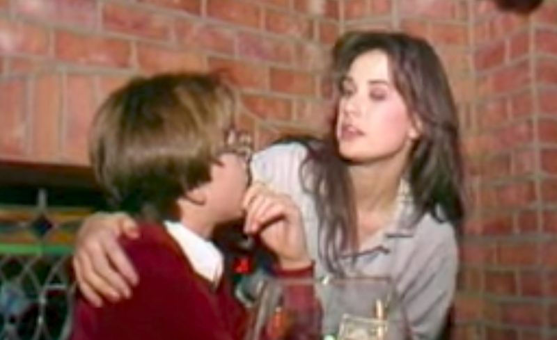 Demi moore caught kissing 15 year old boy in throwback video for Classic house french kiss