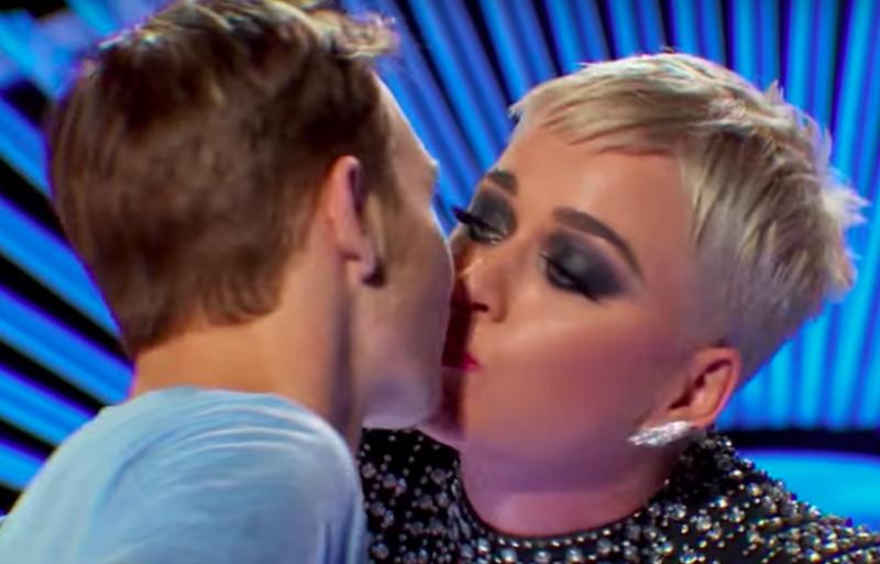 katy perry american idol kiss
