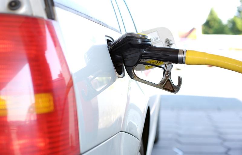 refuel petrol station pixabay