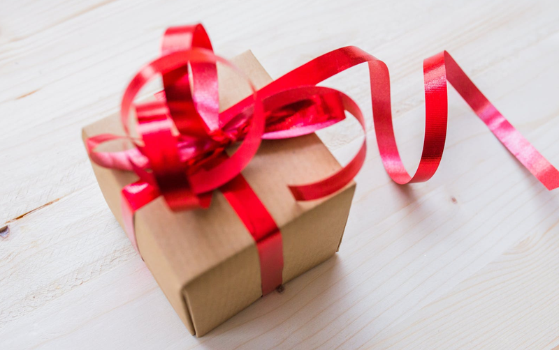 present gift in a box pexels