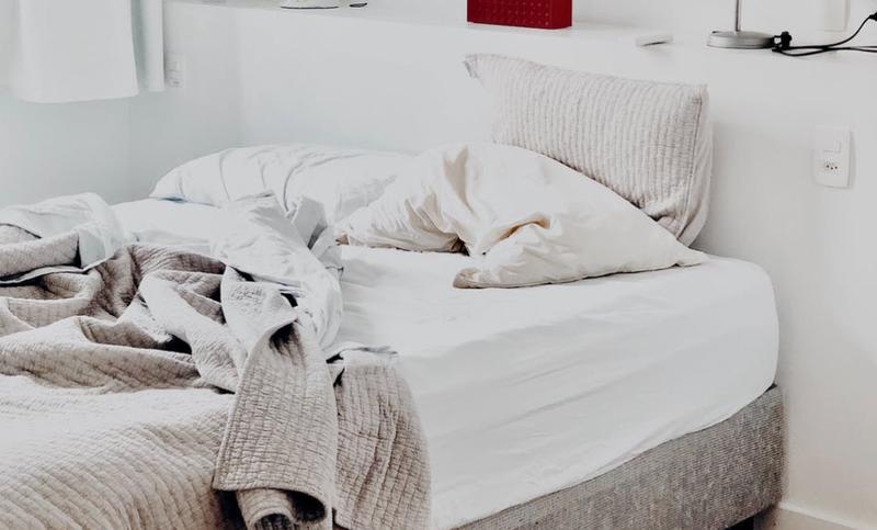 linen on bed pexels