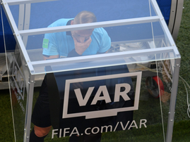 VAR twitter picture
