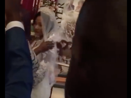 Bride does not kiss groom