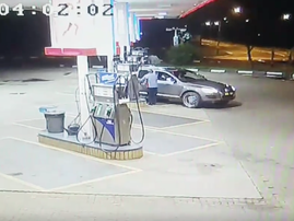 Man pays for petrol with fake money