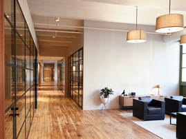 Empty lounge and meeting area / iStock