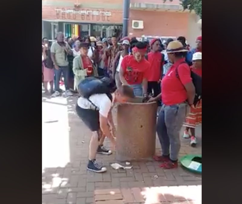 WATCH: UFS student picks up rubbish as alleged EFF ...