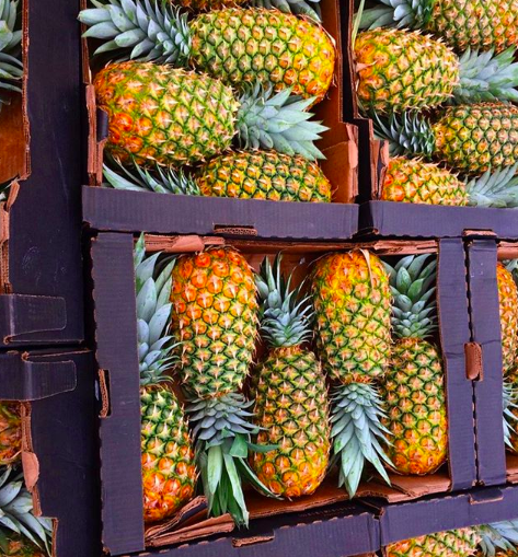 WATCH: We have been eating pineapples the wrong way