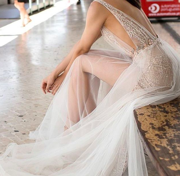 Is naked wedding dresses the new trend?
