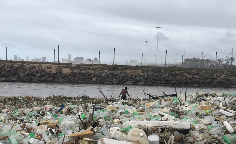 Litter cleanup at Umgeni River / Supplied