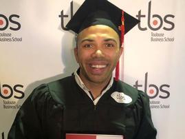 Bryan Habana graduates / instagram