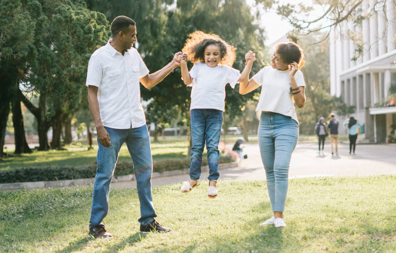Family having fun / Pexels