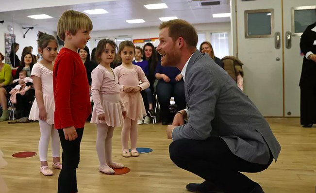 WATCH: Prince Harry joins ballet class with kids