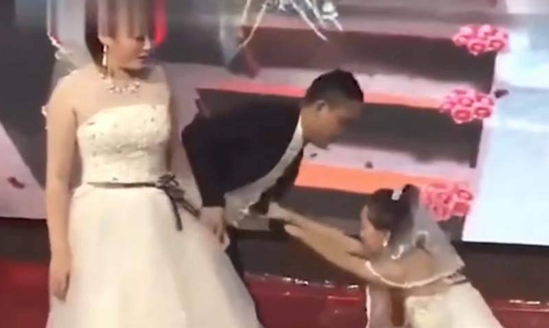 12ad02900b8 Drama! Ex-girlfriend crashes wedding in bridal gown