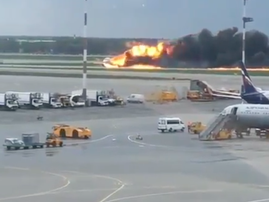 Forty-one passengers died after emergency landing in Moscow