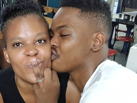 Zodwa proposes to her boyfriend / Instagram