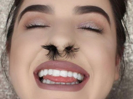 Nose hair extensions / Instagram