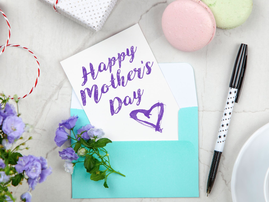 Happy Mother's Day card / Pexels