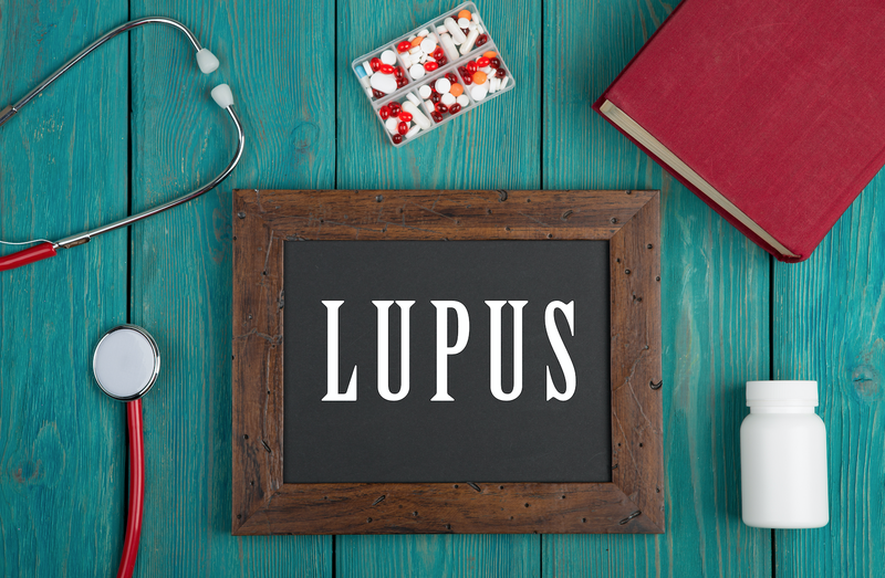 "Blackboard with text ""Lupus"" / iStock"