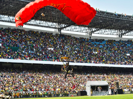 The parachutist crash over the weekend was the biggest trend on social media