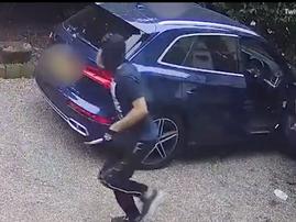 Woman fights off hijackers