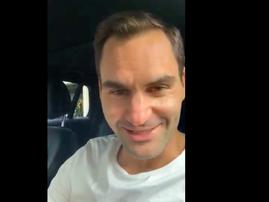 Roger Federer congratulates Springboks