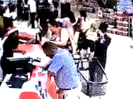 man snatches child from trolley