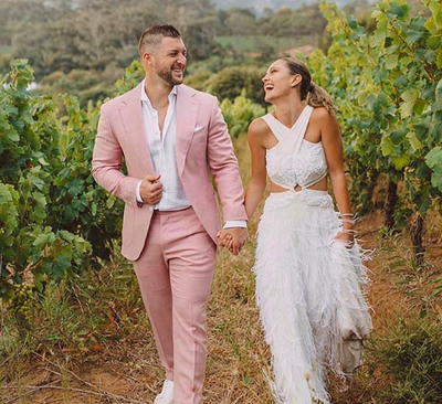 First photo of Demi-Leigh and Tim Tebow's wedding in South Africa - Jacaranda FM