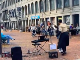 Street Singer Performs All Of Me