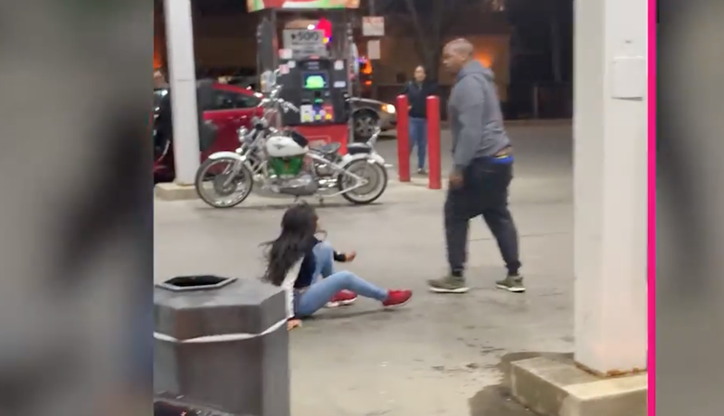 Gas station fight breaks out over hot dogs