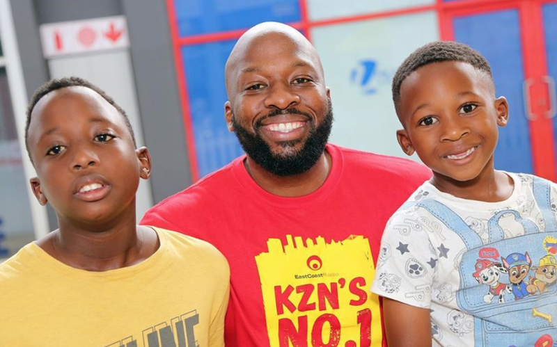 Bongani and his sons / Instagram