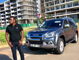 Deon and the Isuzu MUX / Instagram