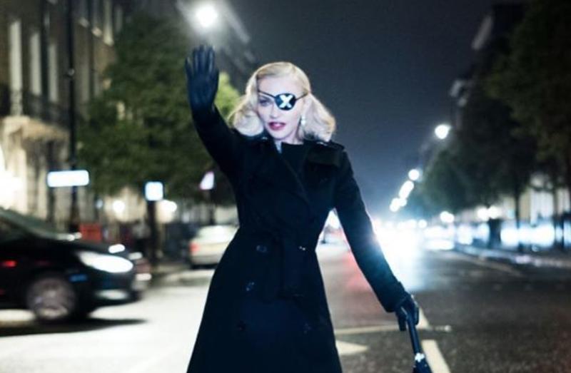Madame ❌ stops traffic / Instagram
