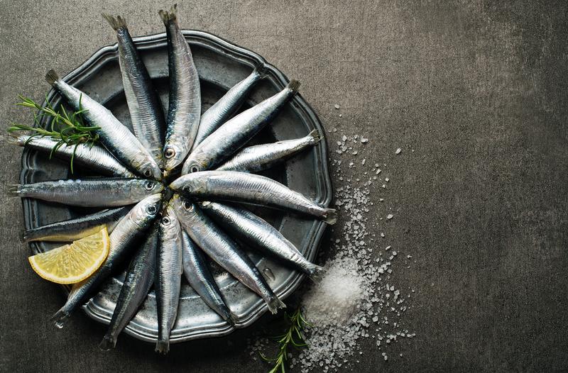 Sardines on a plate / iStock