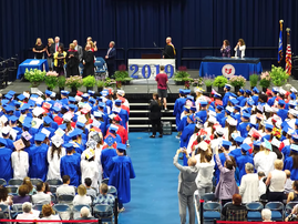 Graduation Crowd Silent for Student with Autism / YouTube