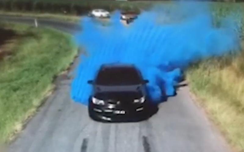 Gender reveal stunt goes horribly wrong / YouTube