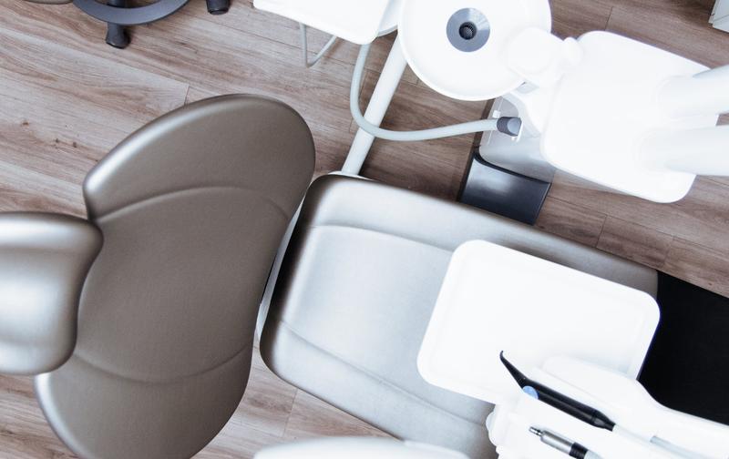 Dentist chair / Pexels