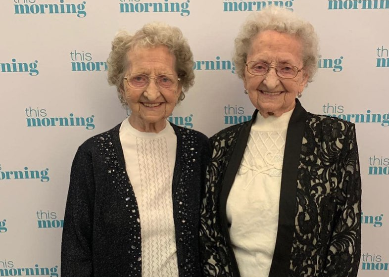 95 year old twins / Instagram