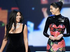 Kim Kardashian & Kendall Jenner