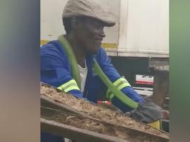 KZN man and his pet snake / YouTube