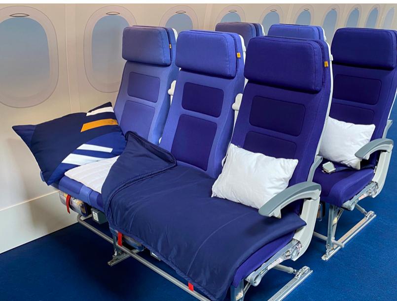 Lufthansa economy seat