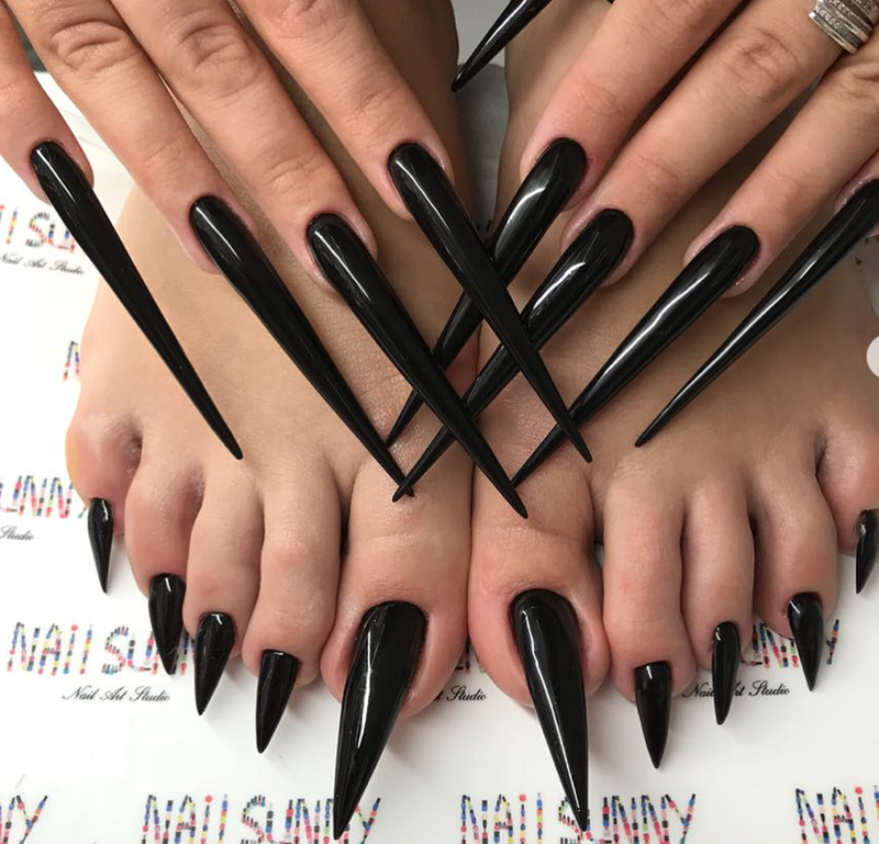 Extra-long stiletto nail trend pedicure