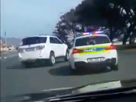 high-speed chase Cape town